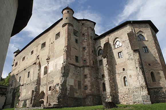 Château de Banska Stiavnica