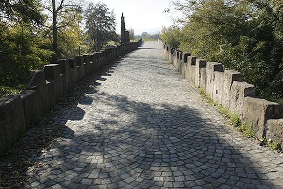 Le pont de pierre de Decin