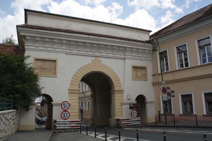 Porta Schei